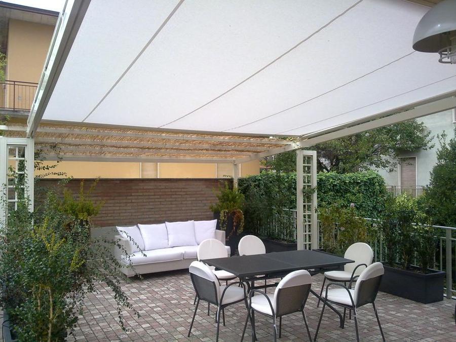 Pergolati Da Giardino In Alluminio : Realizzazione tende da sole per pergolati in alluminio o legno